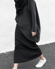 New Fashion Minimalist Hijab 31 Ideas Modern Hijab Fashion, Hijab Fashion Inspiration, Monochrome Fashion, Muslim Fashion, Minimal Fashion, Modest Fashion, Fashion Outfits, Casual Hijab Outfit, Casual Outfits