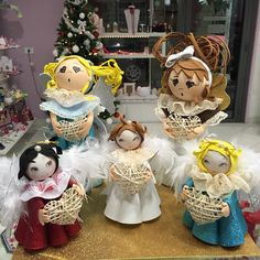 Angel decorato interamente a mano. Potete trovarlo da PicCi a Polignano a Mare.