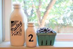 DIY- Old Fashioned Milk Jug Last week I showed you a kitchen that I decorated for a cooking show. While shopping for that show, Tim and I stubbled across Crafty Craft, Crafty Projects, Ceramic Painting, Diy Painting, Vintage Milk Bottles, Paint Your Own Pottery, Pottery Barn Inspired, How To Make Logo, Bottle Art