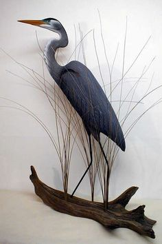 Beautiful Carving of a Great Blue Heron. Heron Tattoo, Riverside Cottage, Plaster Art, Stained Glass Birds, Wooden Statues, Wood Bird, Abstract Line Art, Ceramic Animals, Blue Heron