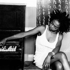"""hiphopfightsback: """"For the past several years, I have remained what others would consider underground. I did this in order to build a community of people, like-minded in their desire for freedom and the right to pursue their goals and lives without being manipulated and controlled by a media industrial complex with a completely different agenda."""" - Lauryn Hill Pioneering"""