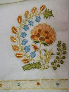 Jacobean Embroidery, Embroidery Patterns, Hand Embroidery, Machine Embroidery, Thread Work, Bargello, Baby Knitting Patterns, Textile Art, Folk Art