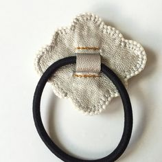 パール モチーフ ビーズ刺繍ヘアゴム Napkin Rings, Sewing, Creema, Couture, Decor, Jewerly, Dressmaking, Decoration, Stitching