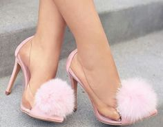 Cute, pink and fluffy! Everything a girly girl needs! Fancy Shoes, Pretty Shoes, Crazy Shoes, Beautiful Shoes, Cute Shoes, Me Too Shoes, Heeled Boots, Shoe Boots, Shoes Heels