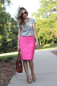 Lilly Style: Rock Paper Scissors - grey graphic tee, pink pencil skirt, leopard heels