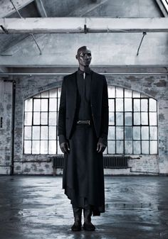 'Seeking Aether' (experimental garment collection): InAisce FW Men's Collection featuring South Sudanese refugee and former child soldier turned actor, model and activist Ger Duany - video link Mode Masculine, Masculine Style, Men's Collection, Winter Collection, Dark Fashion, Mens Fashion, Gothic Fashion, Queer Fashion, High Fashion