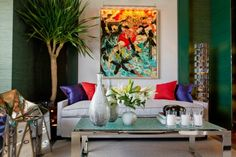 Bold and Modern Colors in Interior and Exterior Design - Decor Tips 2019 Living Room Art, Living Room Colors, Interior Design Living Room, Living Room Designs, Modern Interior Design, Interior And Exterior, Exterior Design, White Sofa Set, Contemporary Family Rooms