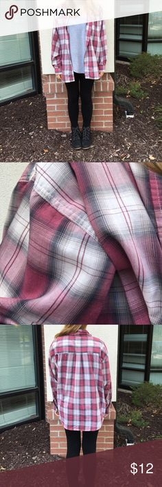 Pink Flannel💞 Super cute pink and gray flannel! Adore this listing 😍👌🏻 there is a small pocket on the left side and buttons on the sleeve cuffs.. Perfect for fall!!! Comment with any questions or let me know if you're interested. Thanks for viewing my closet ladies 😋 listed under pacsun for views it's actually made by Separate Issue. It is listed as large but will also fit a medium pretty well PacSun Tops Button Down Shirts