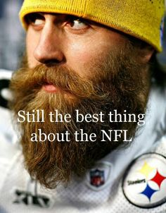 Brett Keisel of the Steelers with his lumberjack look. His paranoid, lumberjack look. Badass Beard, Epic Beard, I Love Beards, Awesome Beards, Tatoo Styles, Handsome Bearded Men, Beard Quotes, Beard Styles, Hair Styles