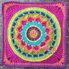"Dream Circle 12"" Square pattern, free from Pink Mambo"