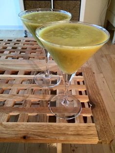 Antiinflammatory Smoothie: Avocado,Mango,Banana,Papaya,Pineapple,Turmeric and Black Pepper(To boost curcumin absorbtion from the turmeric)