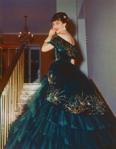 Maria Callas as Violetta in La Traviata- This is seriously the most epic gown ever!