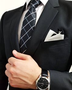 Shop ties, pocket squares, bracelets, socks and more! Film Kingsman, Well Dressed Men, Suit And Tie, Gentleman Style, Tony Stark, Mens Suits, Black Men, Mens Fashion, Suit Fashion