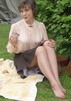 Vintage mums in nylons galleries