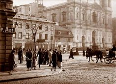 Plac Grzybowski na początku XX wieku https://www.facebook.com/Jestem.z.Woli/photos/a.461017767