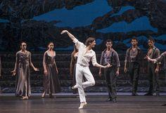 Zorba, el griego. Ballet de Santiago. John: Gabriel Bucher. Foto: Patricio Melo.