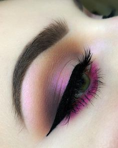 Make Up; Make Up Looks; Make Up Aug… – Bilden; Make Up Looks; Schweres Make-Up; Licht Make-up, Lidschatten; Make Up August … Makeup Trends, Makeup Inspo, Makeup Art, Makeup Inspiration, Makeup Drawing, Pretty Eye Makeup, Beautiful Eye Makeup, Simple Makeup, Eyeliner