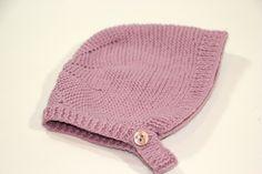 DIY Tejer: Cómo hacer capotas de punto para bebés | Manualidades Knitting For Kids, Baby Knitting, Crochet Baby, Knit Crochet, Bebe Baby, Baby Hats, Cute Kids, Winter Hats, Beanie