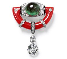 Brooch, special order New York 1925, made from platinum with a cushion-cut diamond of 3.83 carats, a pear-shaped diamond, a round-cut diamond, a cabochon emerald of 15.12 carats, coral and black lacquer. Order made using the client's stone. #diamonds #vintage #necklace #diamondjewellery #finejewellery #jewellery #jewelry