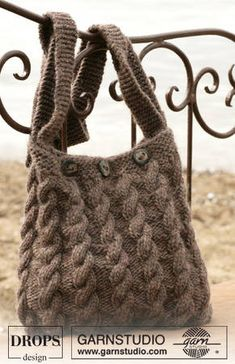 An Awesome Cabled bag from Garnstudio! - KNITTING