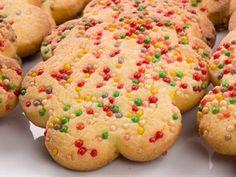 Carnival Cookies | Italian Recipes | Italian recipes - Italian food culture - Academia Barilla