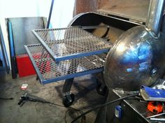 Wick's 80 gallon RF smoker build - WeldingWeb™ - Welding forum for pros and enthusiasts Fire Pit Grill, Bbq Grill, Grilling, Fire Pits, Gas Bottle Bbq, Pit Barrel Cooker, Metal Barrel, Welding Projects, Welding Ideas