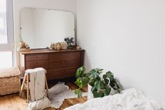 Though working in medicine, Milena Kaufman, a psychiatry resident, and Vic Perkins, an anesthesia resident, sometimes feel like the hospital is where they actually live. With long hours spent assisting patients, the couple set out to create a sanctuary at home in their Williamsburg, Brooklyn apartment filled with pets and memories of travels together. Preferring the aesthetic of an older loft with exposed beams and brick walls, the practicality of their new construction building won Milena…