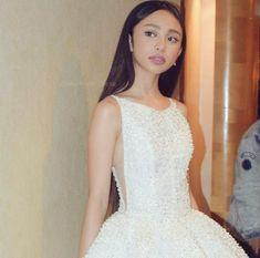 Maymay Entrata Filipino Girl, Filipina Actress, Lucky 7, Star Magic, Arab Fashion, Talent Show, Debut Album, Natural Makeup, One Shoulder Wedding Dress