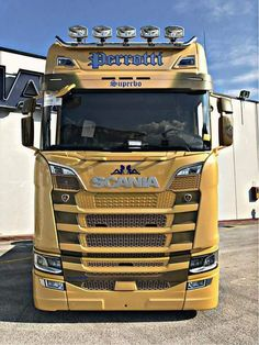 Used Trucks, Cool Trucks, Fast And Loud, Scania V8, Sale Promotion, Volvo, Tractors, How To Look Better, The Unit