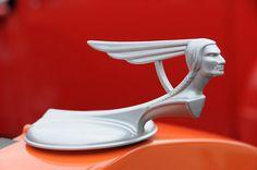 1933 Pontiac via Flickr