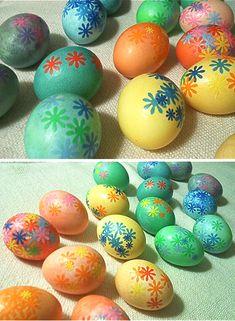 DIY: Easy Decoupaged Easter Eggs