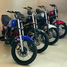 Yamaha Motorcycles, Cars And Motorcycles, Gotham City, Catwoman, Pick Up, King Cobra, Bike, Moma, Vehicles
