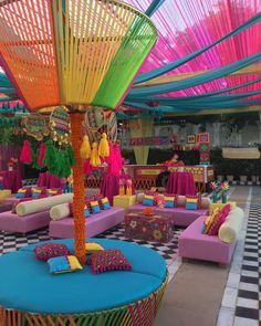 Desi Wedding Decor, Quirky Wedding, Wedding Set Up, Indian Wedding Decorations, Wedding Halls, Summer Wedding, Wedding Colors, Wedding Ideas, Mehendi Decor Ideas