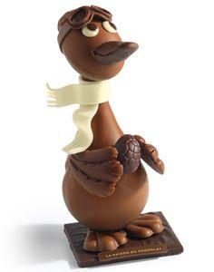 Pâques 2015, coups d'œufs cœurs chez les grands sucrés- #lamaisonduchocolat -plume-chocolat-lait