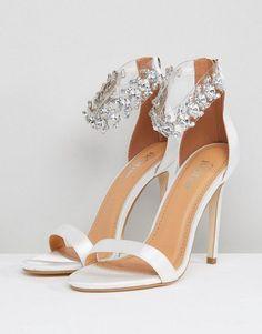 Wedding Shoes Bride, Wedding Shoes Heels, Bride Shoes, Wedding Rings, Prom Heels, Sparkly Wedding Shoes, Wedding Garters, Ivory Wedding, Boho Wedding