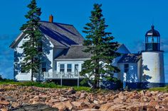 Maine Lighthouses and Beyond: Winter Harbor (Mark Island) Lighthouse. To enjoy my site on lighthouses, click on the above photo.