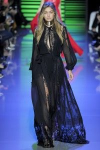 Elie Saab Spring 2016 Ready-to-Wear. View the full collection on Style.com/Arabia
