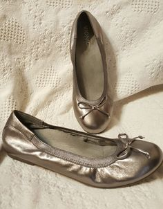 vionic orthaheel womens shoes sz 10 M Matira ballet flats pewter silver metallic | Clothing, Shoes & Accessories, Women's Shoes, Flats & Oxfords | eBay! SOLD
