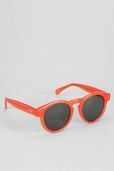 Ready for spring!!! - KOMONO Clement Round Sunglasses