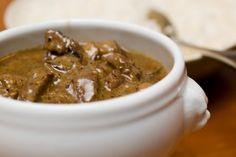 Pastanjauhantaa: Pippurinen härkäruukku Beans, Cooking Recipes, Sweets, Baking, Vegetables, Food, Diy, Crafts, Manualidades