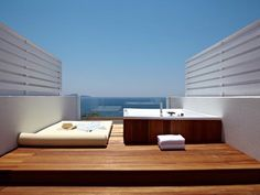 Modern suit for families or honeymoon, best rates on www.hotelsparga.com