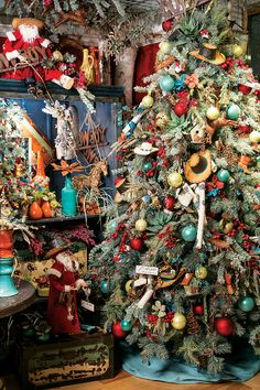 Now here's a cowboy's Christmas tree exploding with rich, vibrant color!