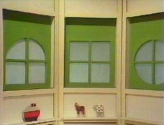 Classic TV with the Playschool windows. I still remember the anticipation as they paused before revealing which window it would be! Had to guess first of course!