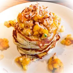 Restaurants and Restaurant Reservations Oahu Vacation, Restaurant Reservations, Mille Crepe, Breakfast Pancakes, Crepes, Fine Dining, Street Food, Donuts, Hawaiian