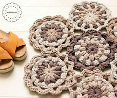 T shirt yarn rug made with leftovers .... crochet flower rug, doily rug made by Malkishuart