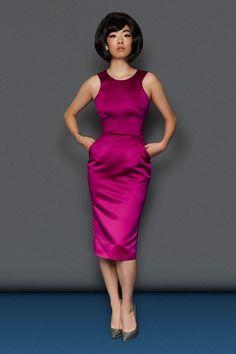 34fae9475a218b 9 beste afbeeldingen van Lovely Outfits - Red carpet fashion