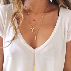 Simple tee and delicate necklaces
