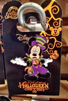 2012 Halloween Pin - Trick or Treat Mickey