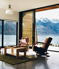 interior of Bronwen Kerr and Pete Ritchie's house in New Zeland / photo by Stephen Oxenbury