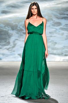 Mexican Fashion Designers | ... Recognized Mexican Fashion Designers | Fashionbi Newspaper